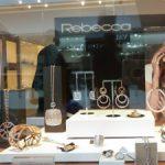 Подчертайте изискан стил и безупречна визия със златни бижута от Swiss Boutique