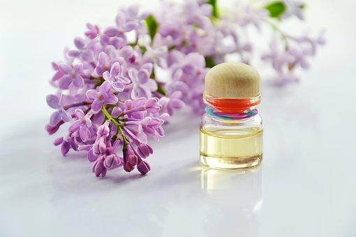 Какъв парфюм Ви подхожда според зодиакалния Ви знак, под който сте родени?